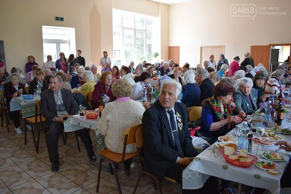 В Черноморске организовали праздничный обед для ветеранов (+видео), фото-4