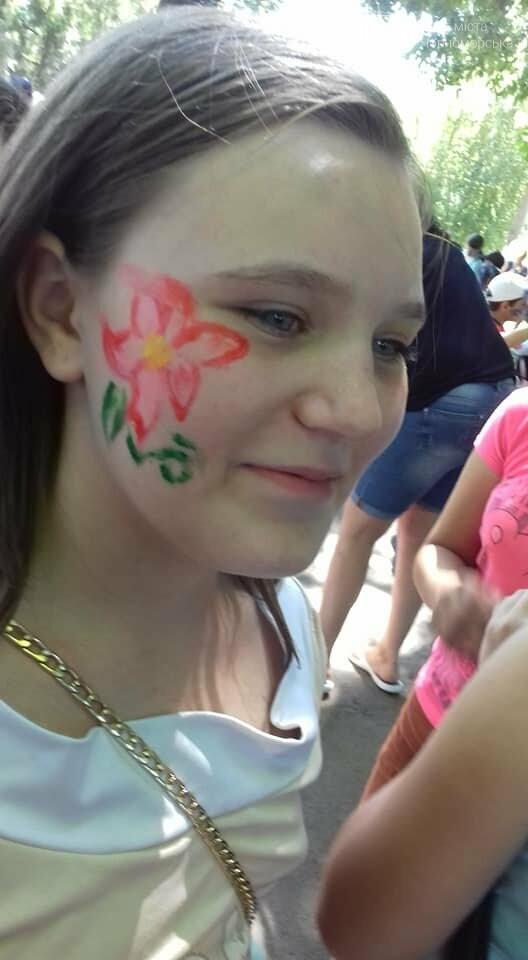 Представители БПП «Солидарность» из Черноморска передали помощь детям в Луганскую область, фото-3