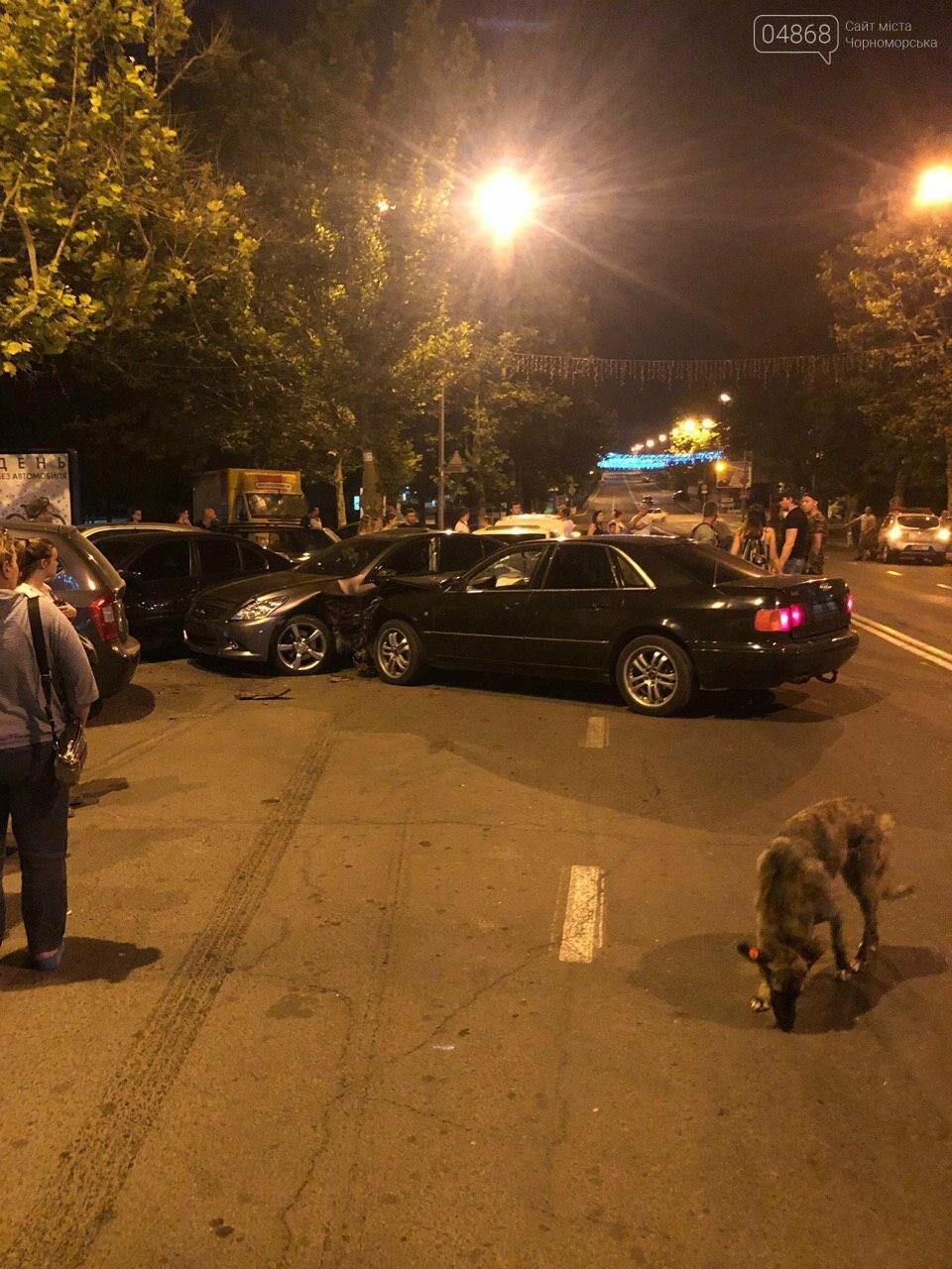 Audi протаранил три машины: ночное ДТП в Черноморске, фото-6