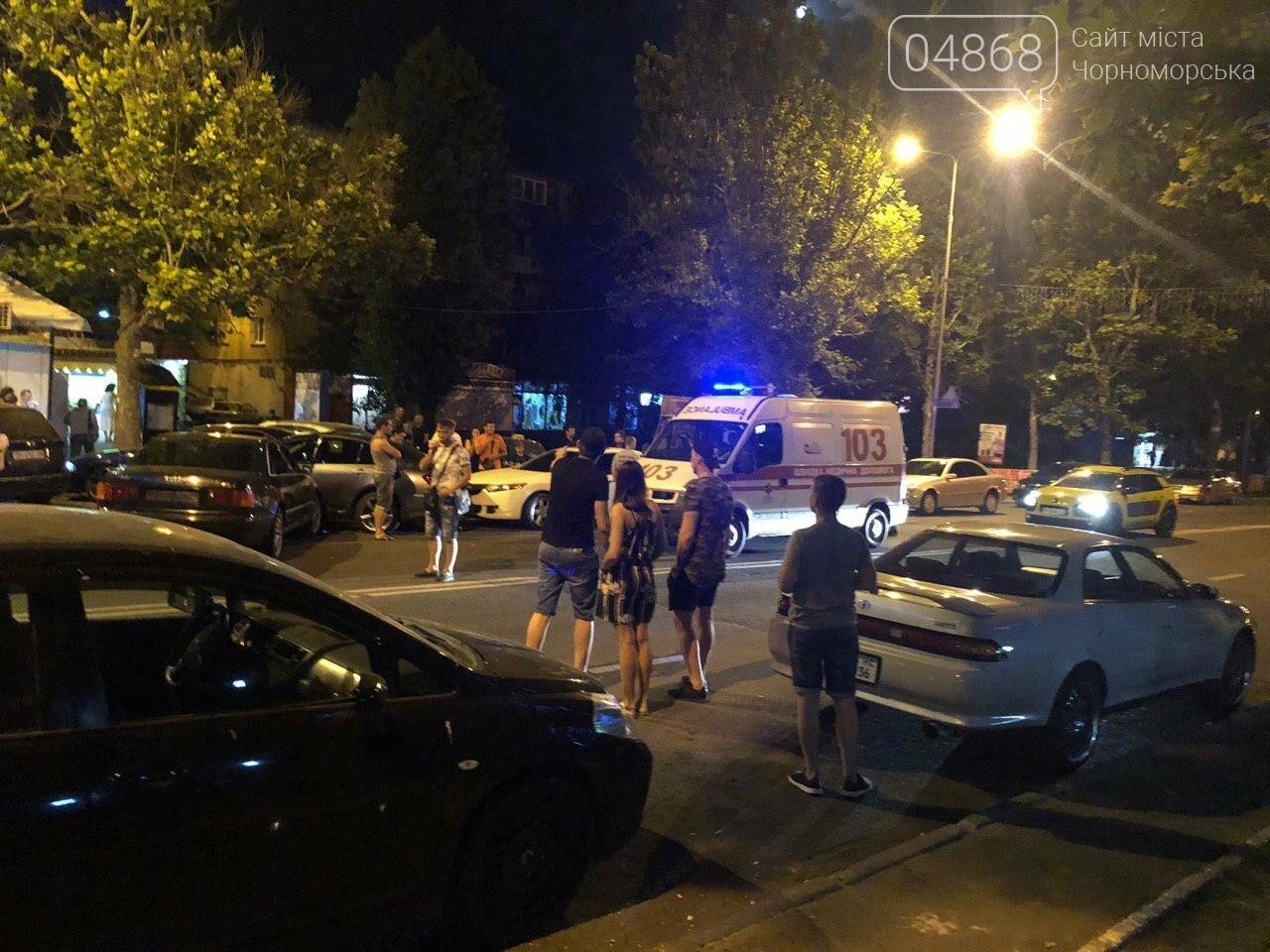 Audi протаранил три машины: ночное ДТП в Черноморске, фото-9