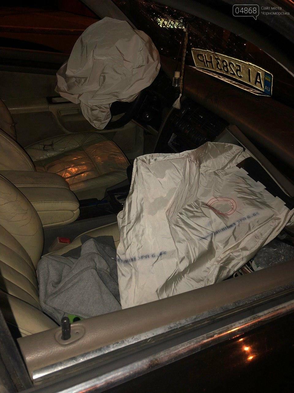 Audi протаранил три машины: ночное ДТП в Черноморске, фото-7