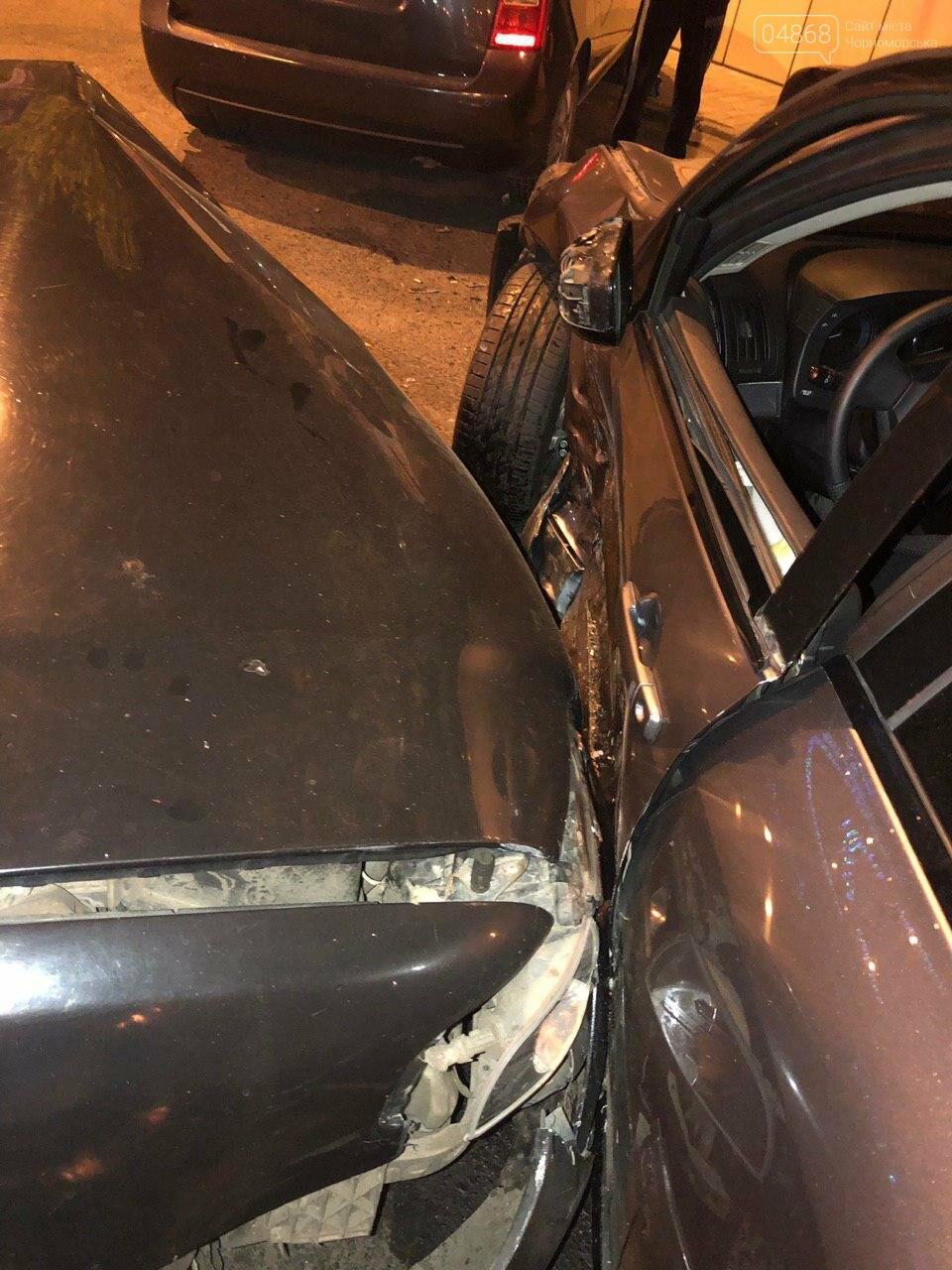Audi протаранил три машины: ночное ДТП в Черноморске, фото-12