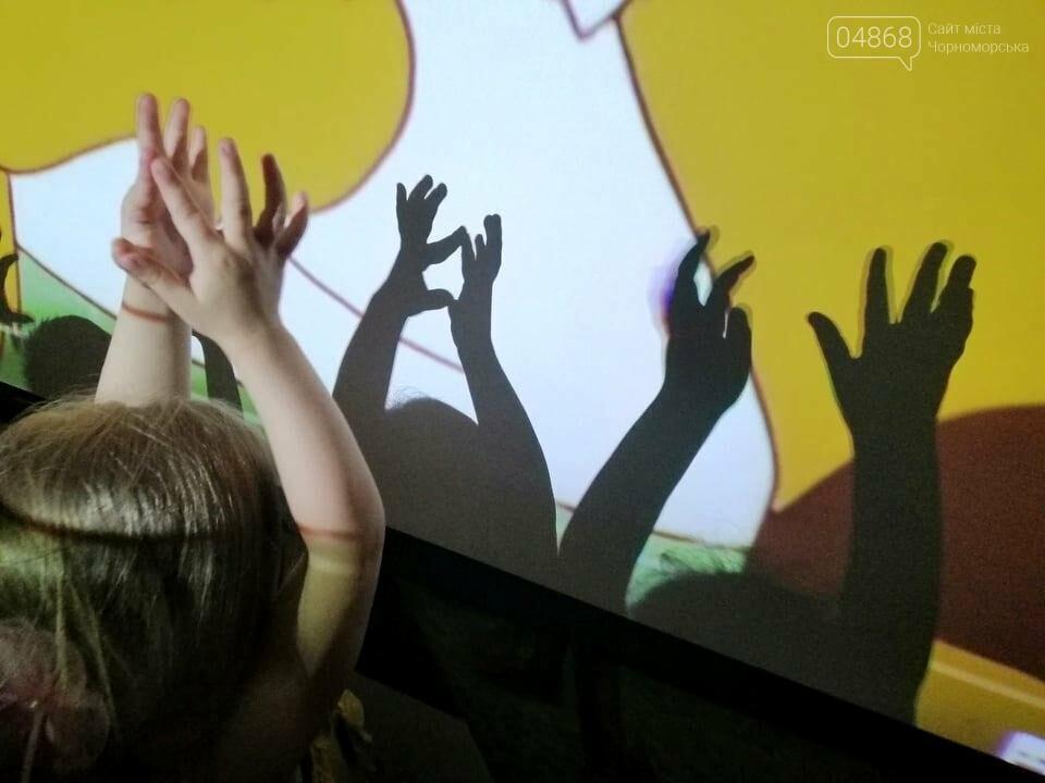 Научные шоу и квест-уроки выживания гостя из Великобритании: в Черноморске стартовал лагерь детского развития Страна Чудес, фото-17