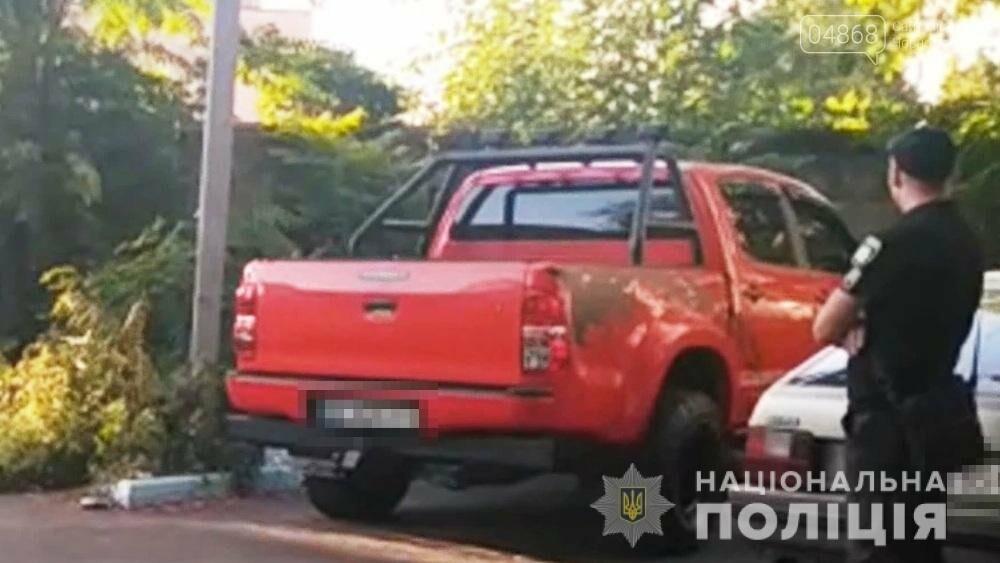 В Черноморске нашли угнанный в Одессе внедорожник (видео), фото-1