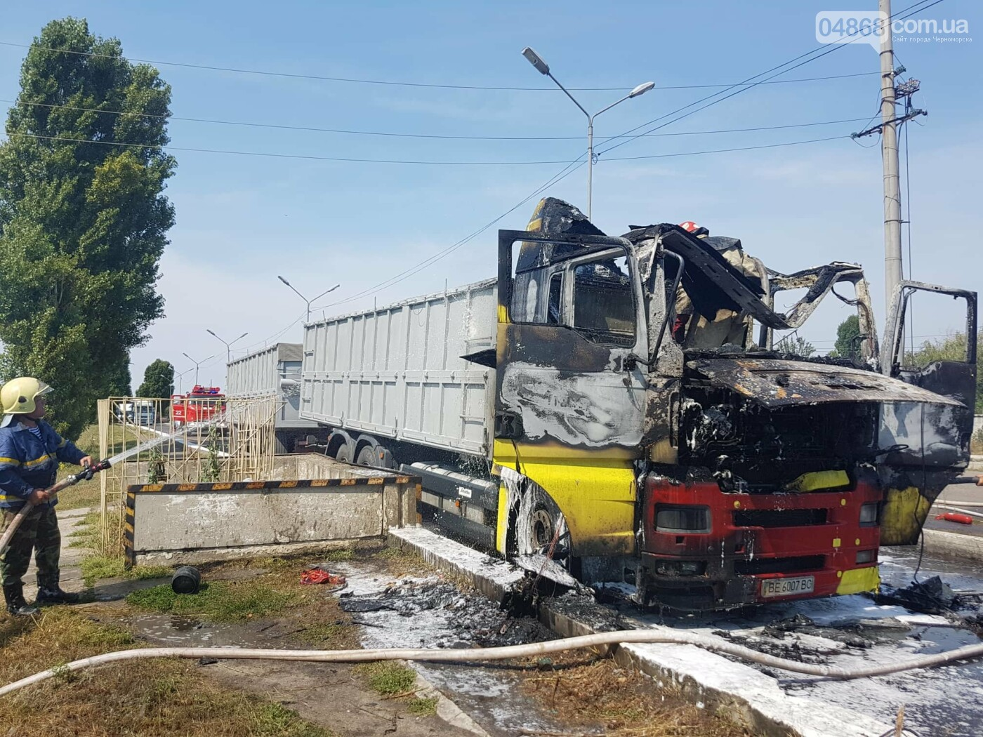 В Черноморске горела фура (+видео), фото-4