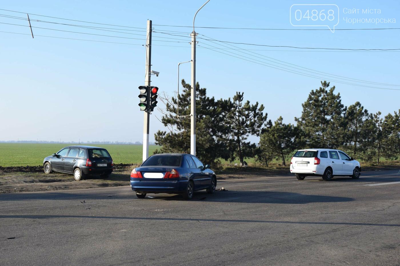Утренее ДТП в Черноморске, фото-4