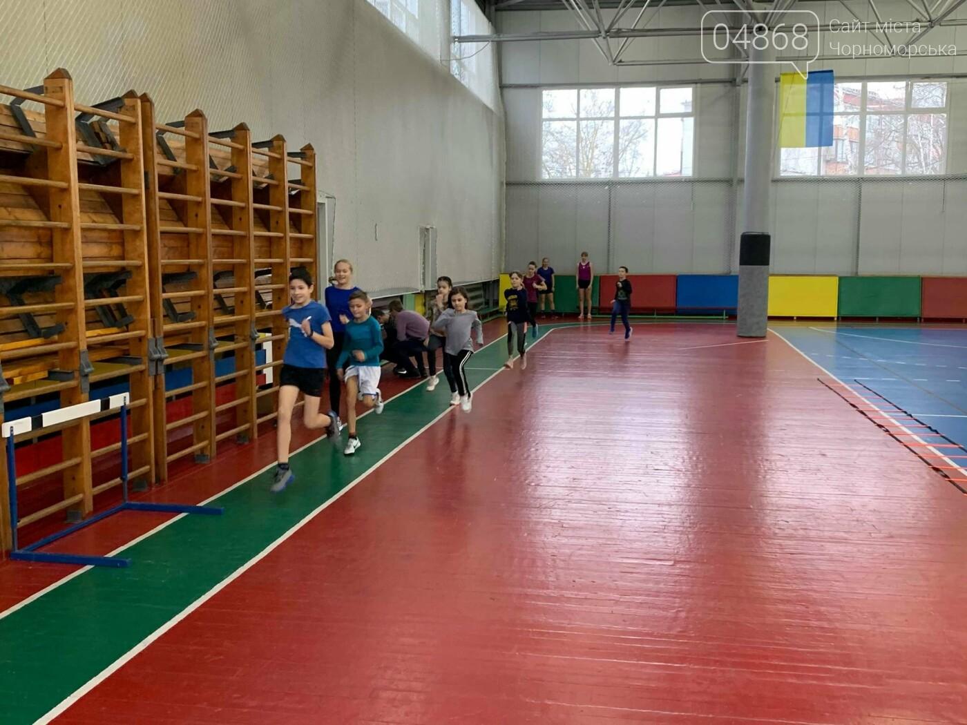 К победе: черноморские легкоатлеты завоевали путёвку на чемпионат Украины, фото-6