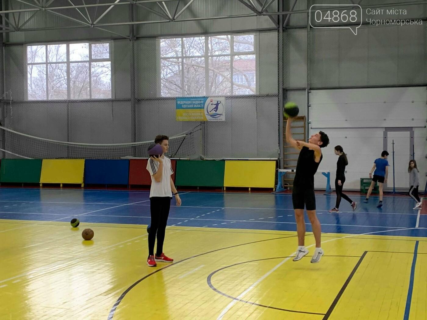 К победе: черноморские легкоатлеты завоевали путёвку на чемпионат Украины, фото-5