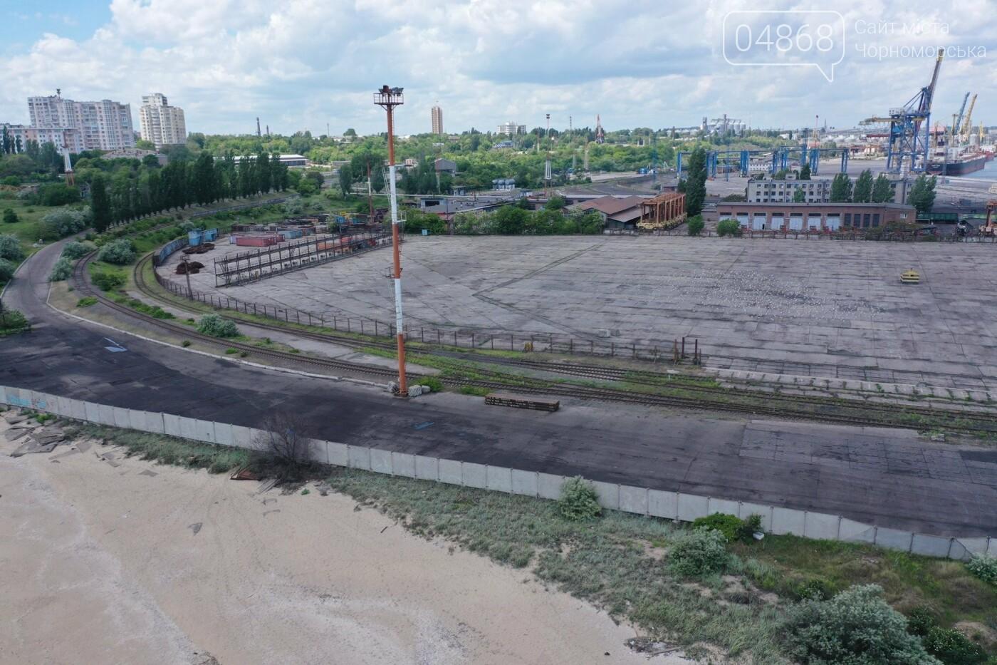Жители Черноморска предлагают открыть пляж на территории порта, фото-5