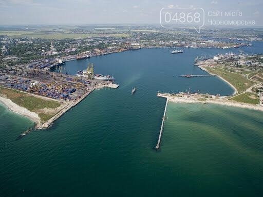 Жители Черноморска предлагают открыть пляж на территории порта, фото-8