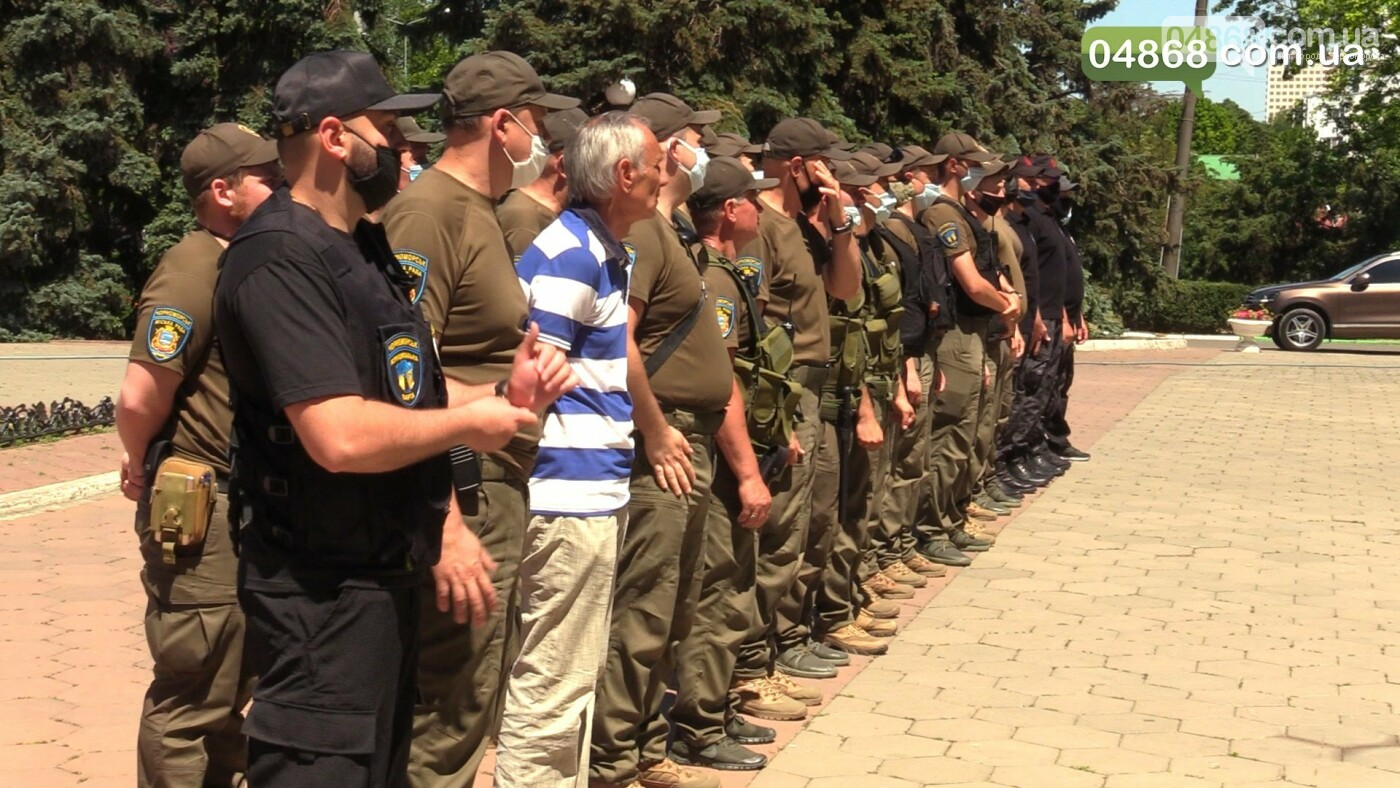 Сотрудников КУ «Муніципальна варта» торжественно наградили за службу, фото-2