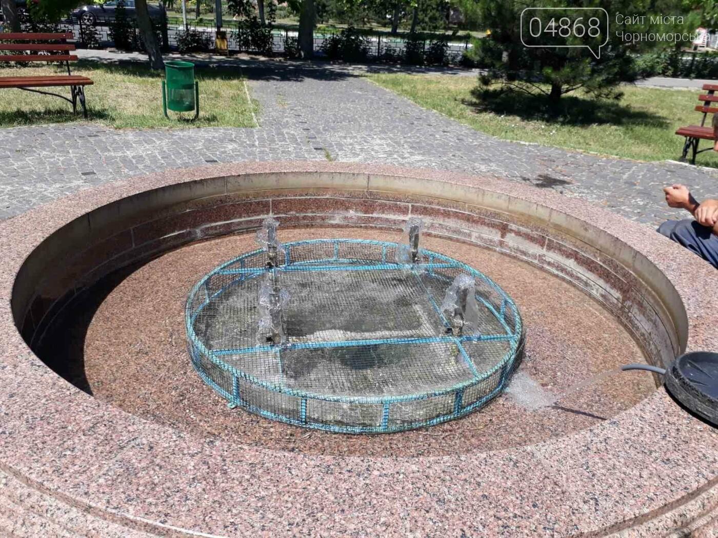 Солнце, лето, жара: Черноморские фонтаны подготовили к летнему сезону, фото-3