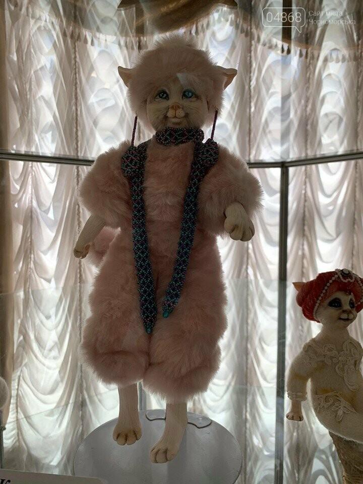 Как будто живые: в Черноморске проходит выставка фарфоровых кукол (видео), фото-8