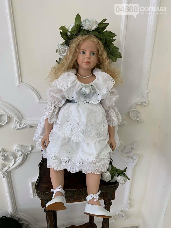 Как будто живые: в Черноморске проходит выставка фарфоровых кукол (видео), фото-22