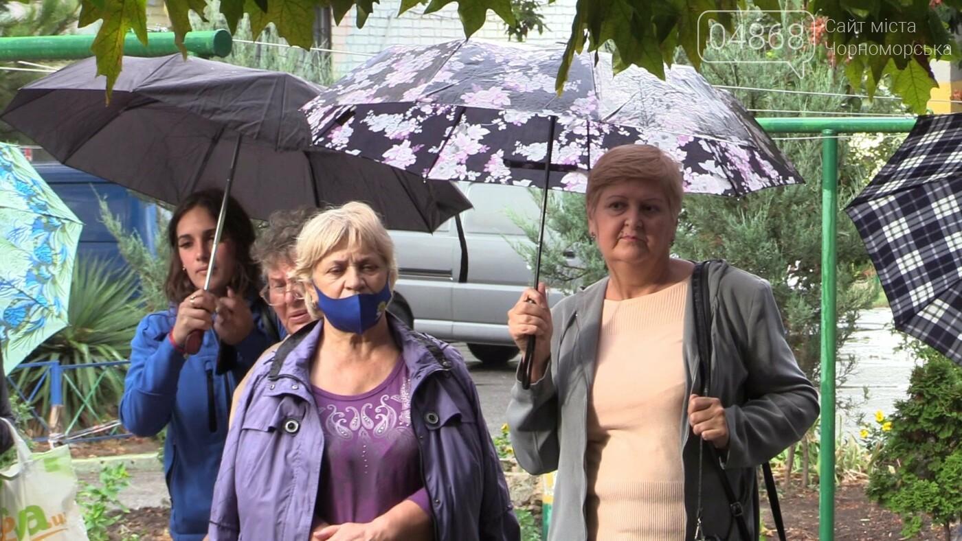 Продуктивная работа: Юрий Бузько продолжает встречаться с избирателями (видео), фото-1
