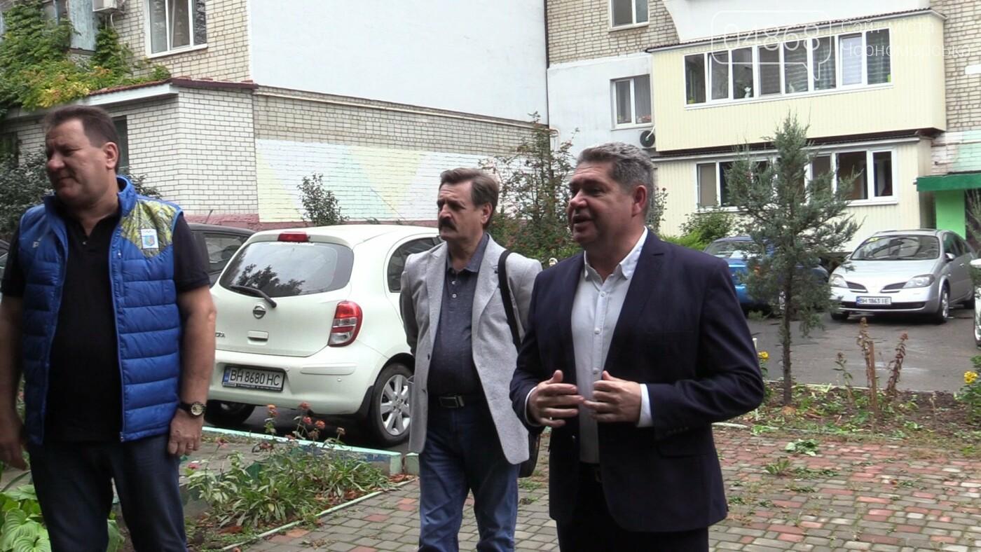 Продуктивная работа: Юрий Бузько продолжает встречаться с избирателями (видео), фото-2