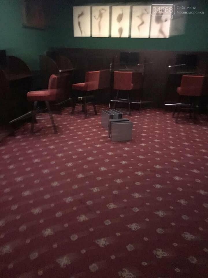 В Черноморске пресекли деятельность подпольного казино, фото-3