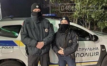 В Одессе патрульные спасли водителя, фото-2