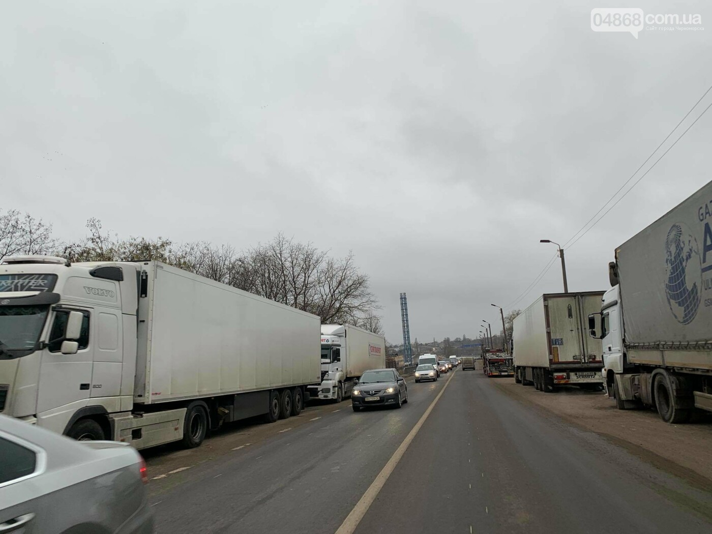 На трассе Черноморск - Одесса образовалась пробка (видео), фото-1