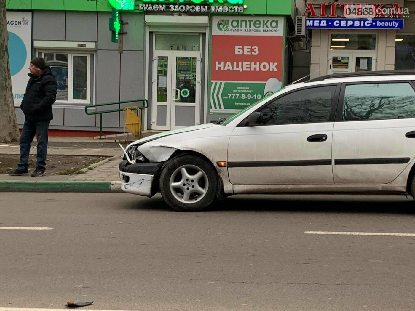 В Черноморске произошло ДТП, фото-3