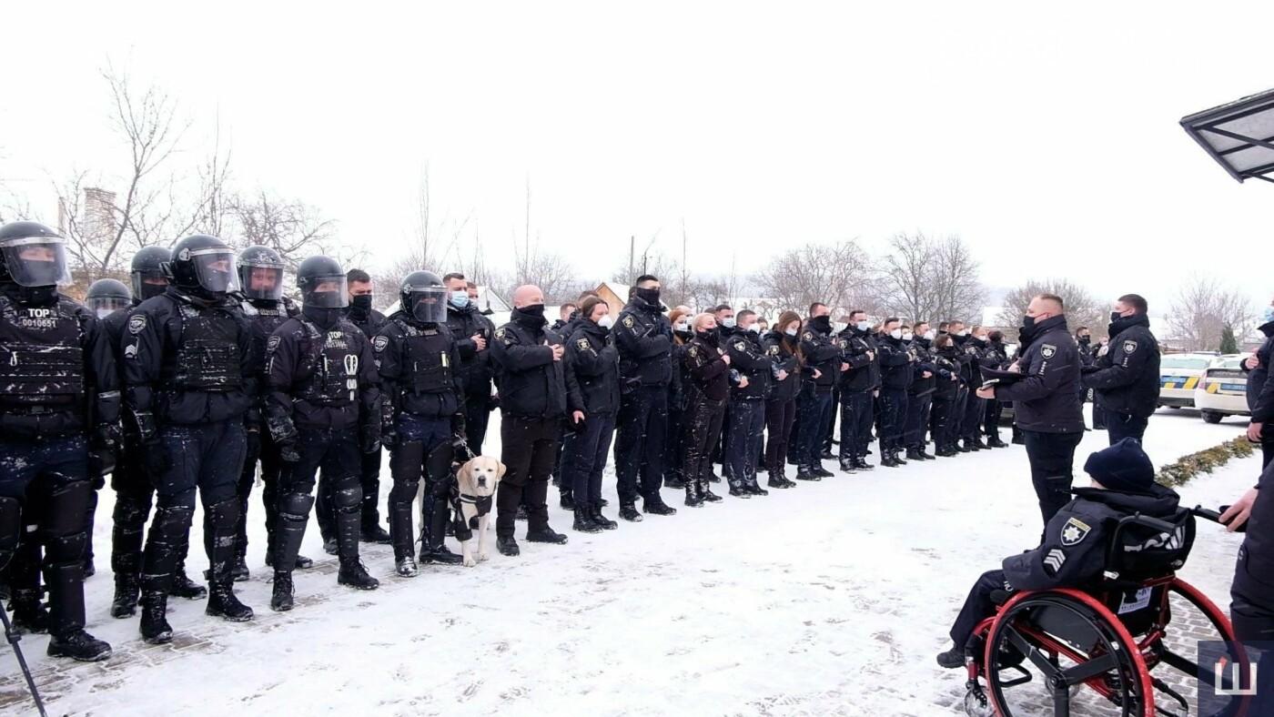 В Черновцах 10-летнего мальчика «приняли» в ряды полиции, фото-4