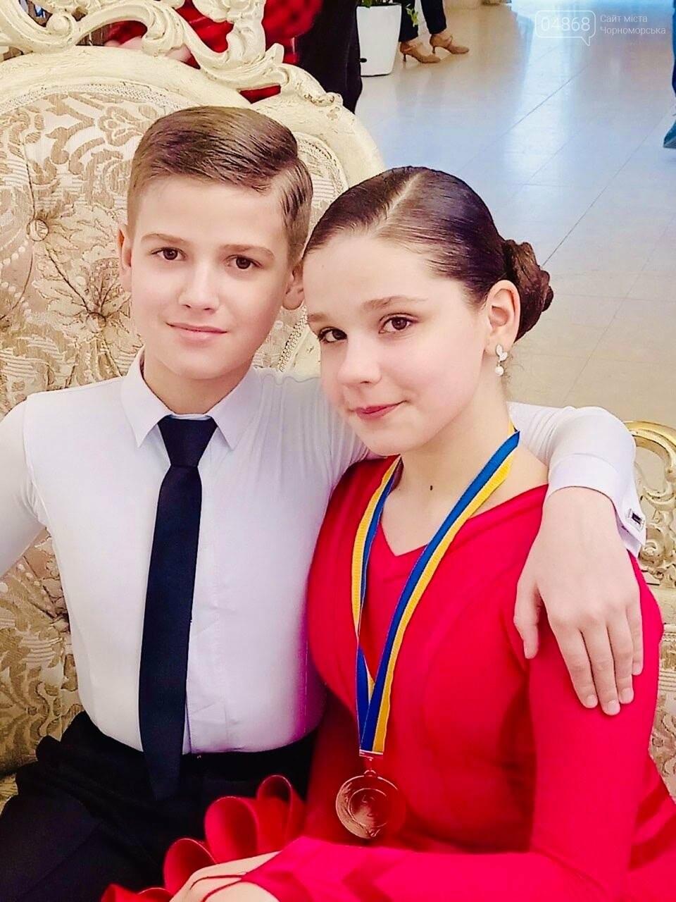 Танцоры из Черноморска заняли призовые места на турнире по бальным танцам, фото-6