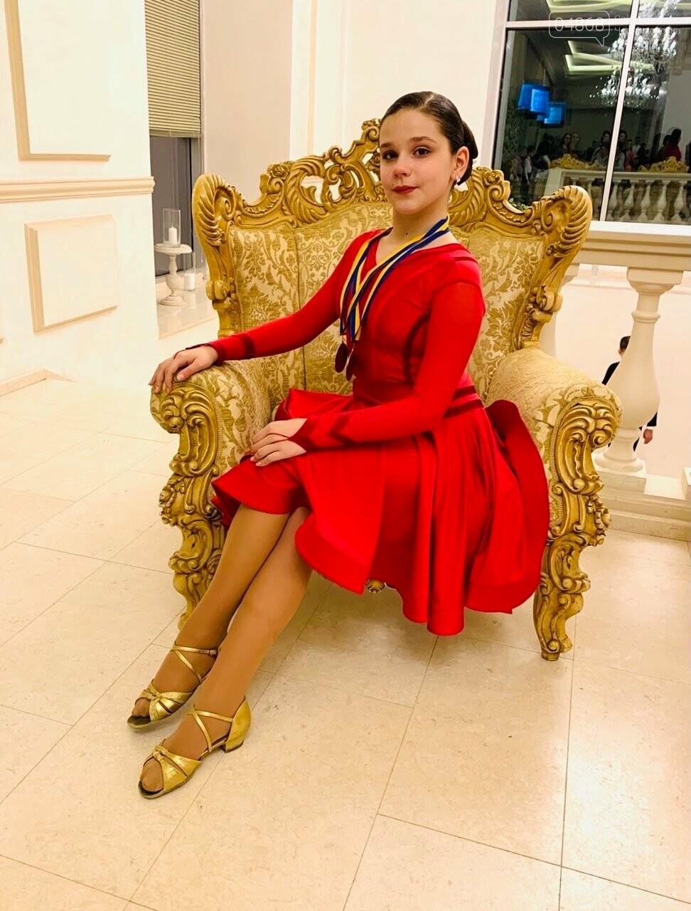 Танцоры из Черноморска заняли призовые места на турнире по бальным танцам, фото-2
