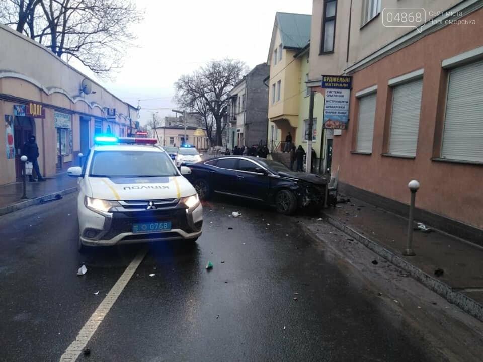 Одессита-вора запчастей элитных авто задержали с погоней , фото-2
