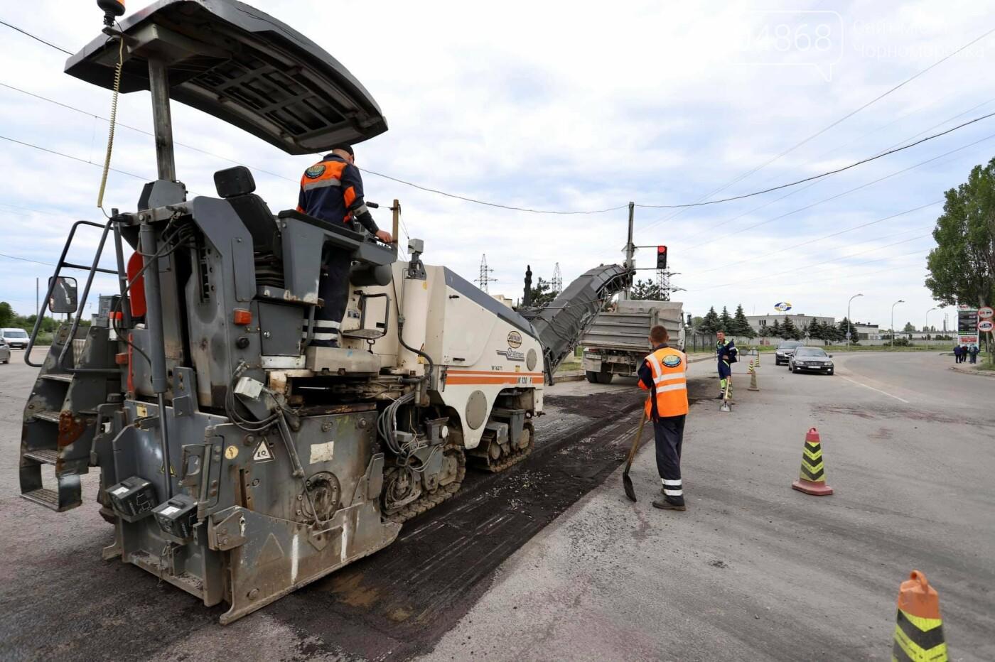 В Черноморске продолжается ремонт проблемного участка дороги, фото-4