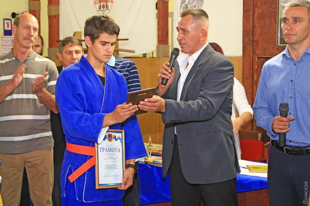 """Пожар в лагере """"Виктория"""": спасатели наградили 13-летнего подростка, спасшего 15 детей (фото), фото-2"""