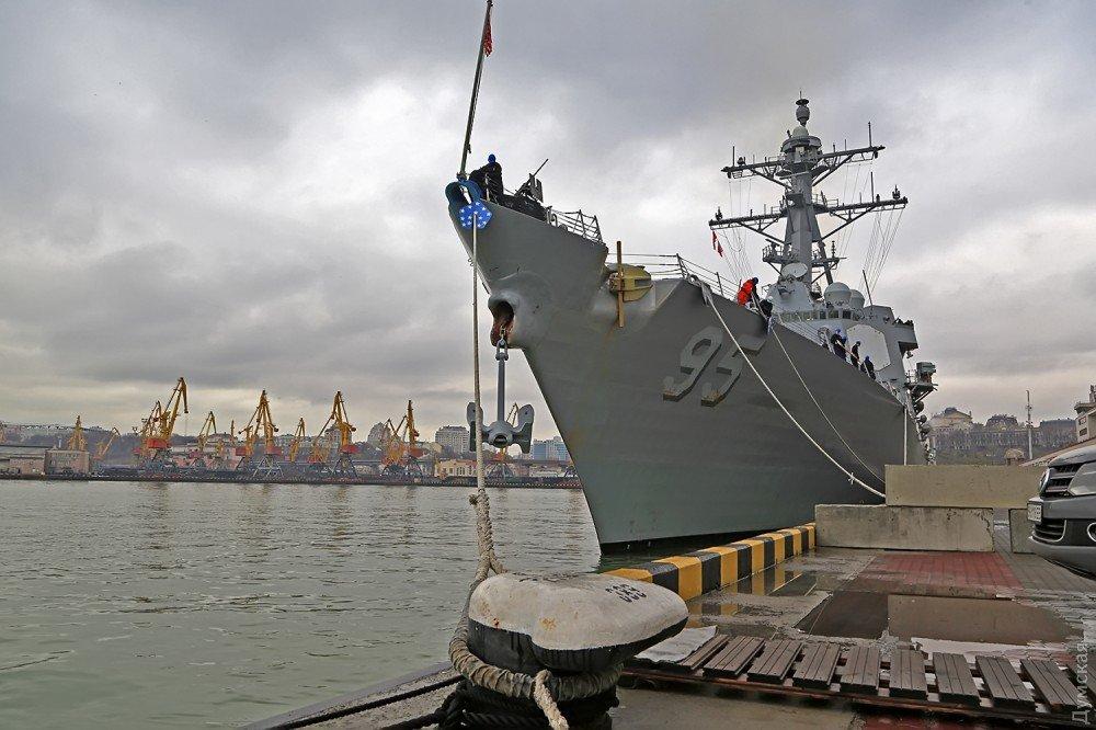 Эсминец ВМС США «James E.Williams» зашел в Одесский порт, фото-6