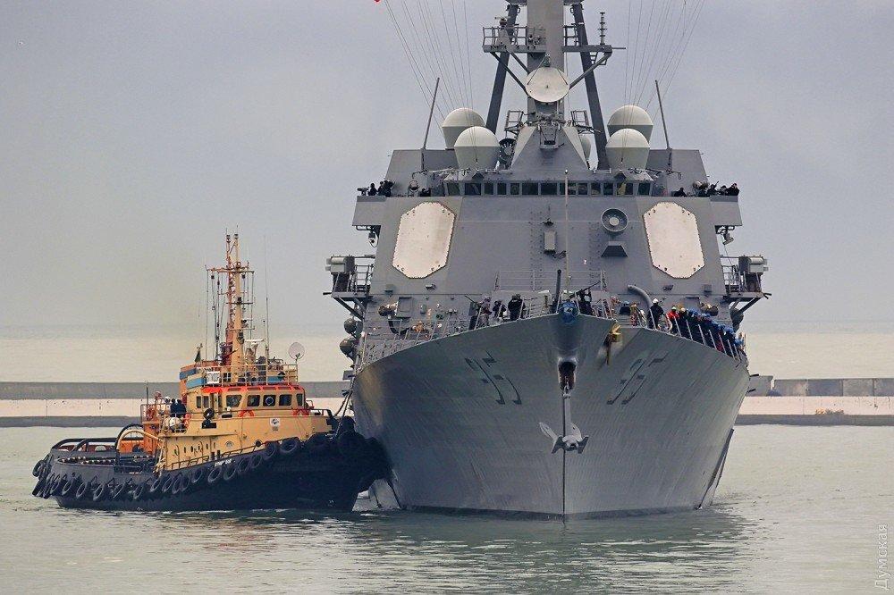 Эсминец ВМС США «James E.Williams» зашел в Одесский порт, фото-1
