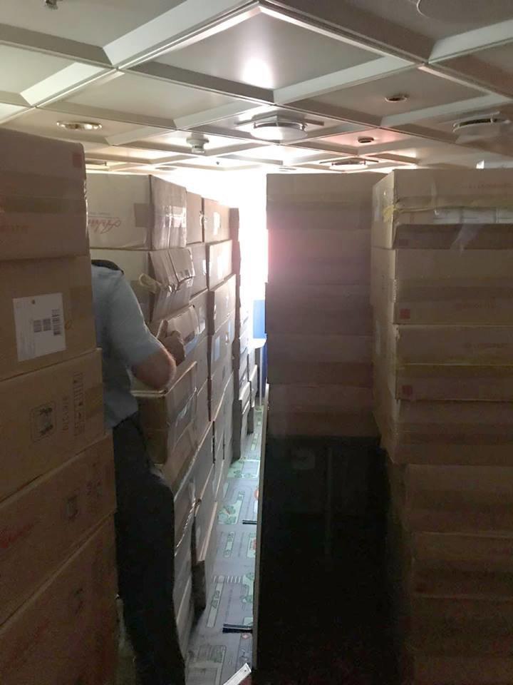 В  Черноморске обнаружили крупную партию контрабандных сигарет, фото-1