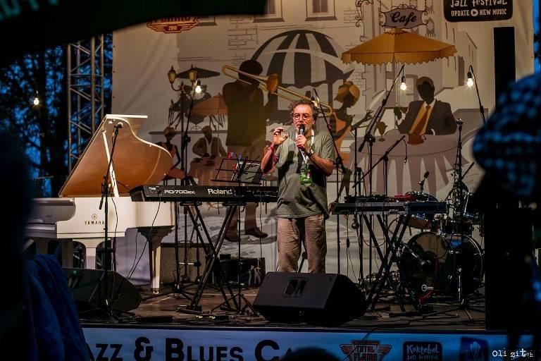 Гитара, пыльный ветер, фламенко и блюз: Jazz & Blues Café на «Коктебель джазе» в Черноморске, фото-2