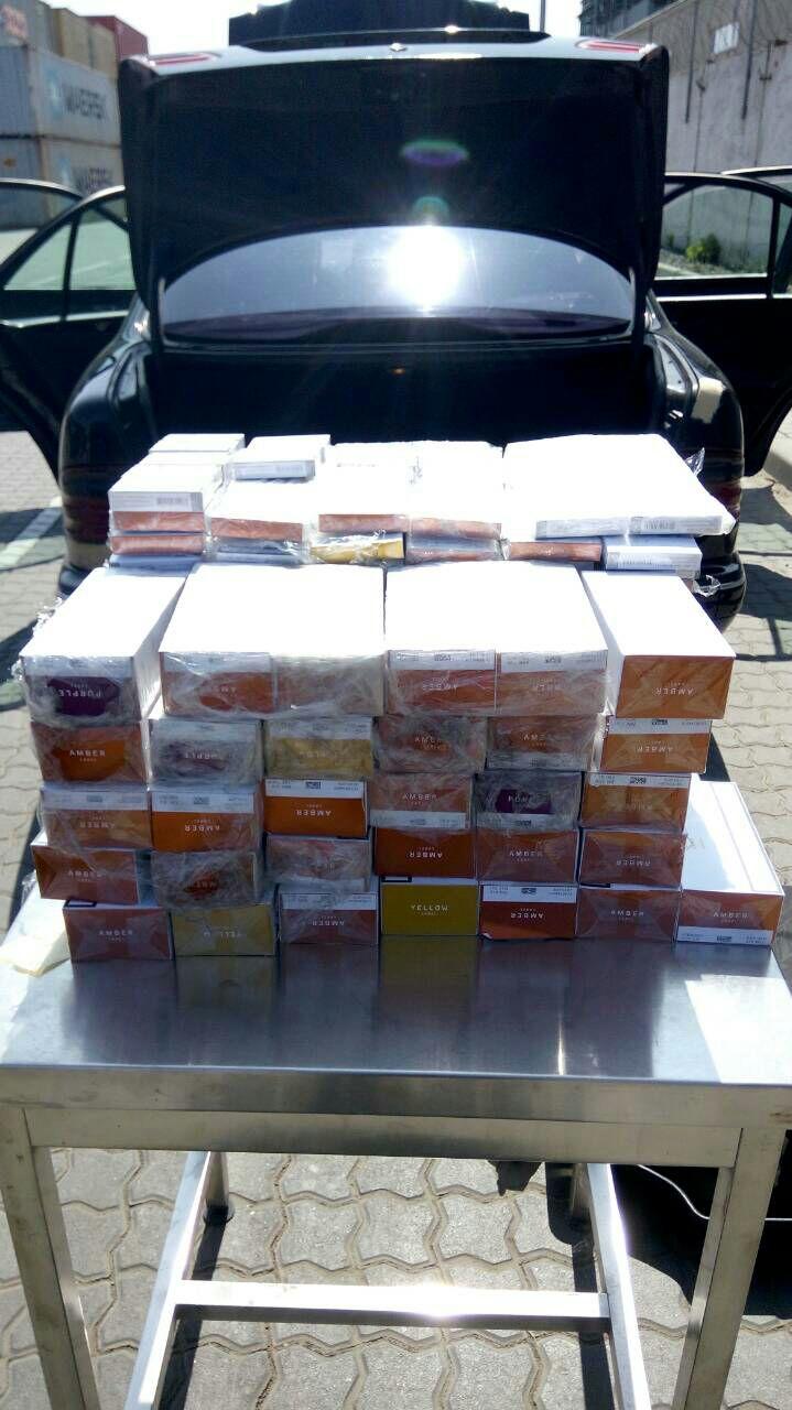 В Черноморском порту обнаружили 840 капсул для электронных сигарет, фото-1