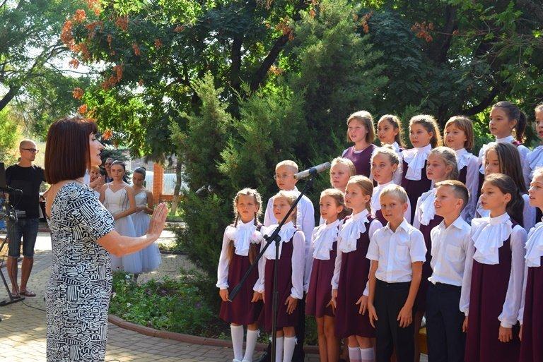 Сегодня в Черноморске открыли памятник Льву Нагаеву, фото-3