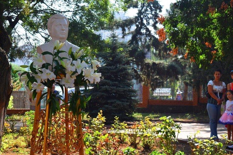 Сегодня в Черноморске открыли памятник Льву Нагаеву, фото-6
