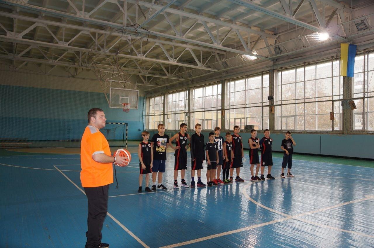 Две игры – две победы юных баскетболистов Черноморска, фото-1