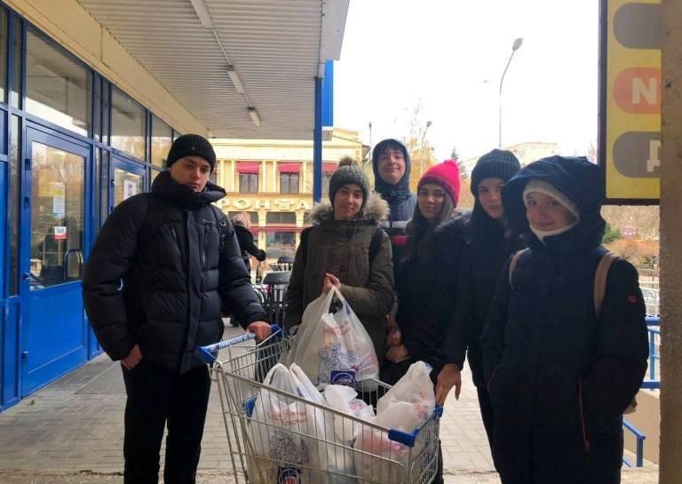 «День добрых дел»: в гимназии Черноморска стартовал благотворительный марафон «Щедрий вівторок», фото-13