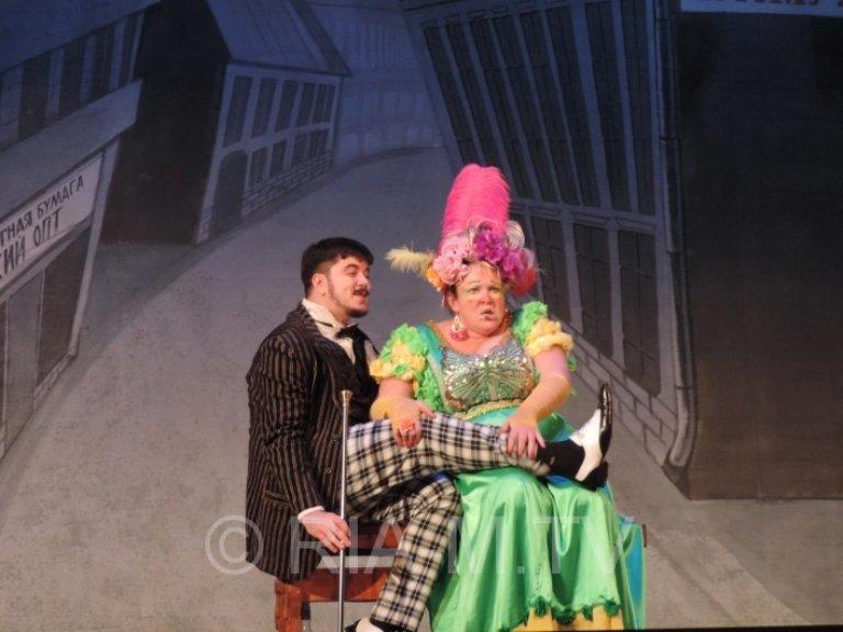 «За двумя зайцами»: в Черноморске покажут спектакль с участием Русланы Писанки, фото-4