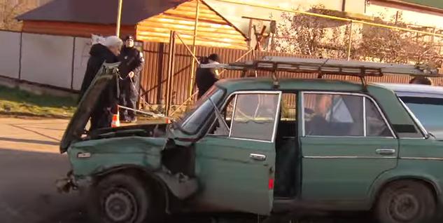 Столкновение двух машин: страшная авария под Черноморском (видео), фото-5