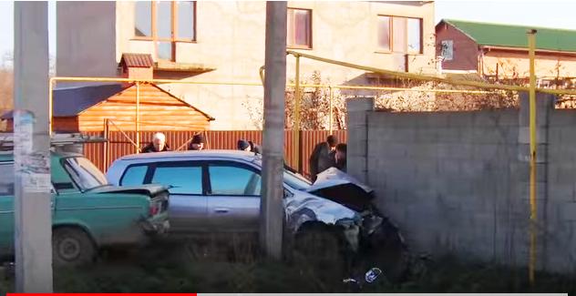 Столкновение двух машин: страшная авария под Черноморском (видео), фото-6