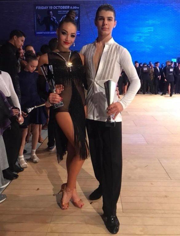 Париж: 15-летняя школьница из Черноморска в составе сборной Украины стала чемпионкой мира по бальным танцам, фото-2
