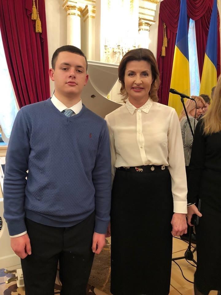 Талантливые дети Черноморска отметили День Святого Николая на президентской ёлке в Киеве, фото-2