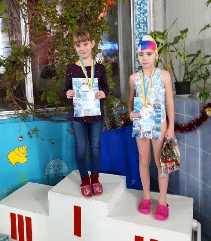 Накануне закрытия Дворца спорта «Юность» в Черноморске прошли новогодние старты, фото-4