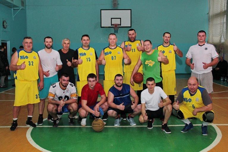 В Черноморске прошёл турнир по баскетболу, посвящённый памяти первого директора школы № 7 Фёдора Фёдоровича Цуркана, фото-3