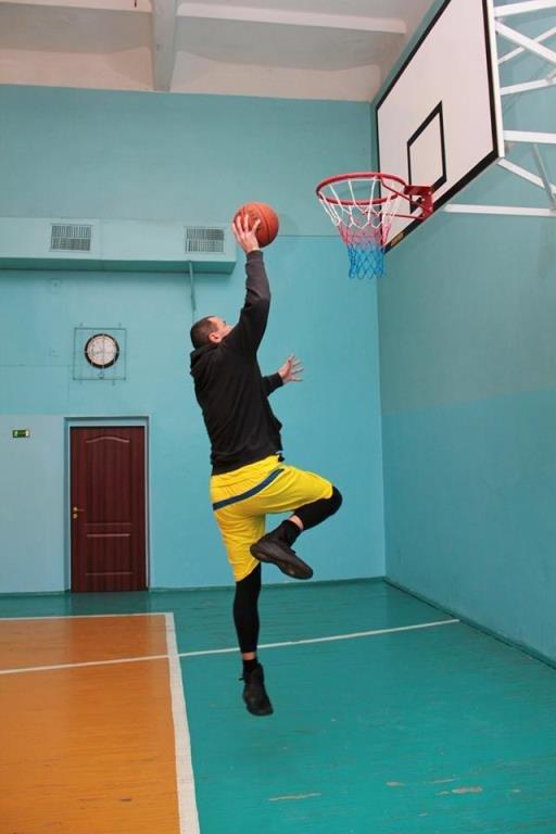 В Черноморске прошёл турнир по баскетболу, посвящённый памяти первого директора школы № 7 Фёдора Фёдоровича Цуркана, фото-6