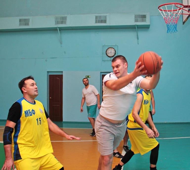 В Черноморске прошёл турнир по баскетболу, посвящённый памяти первого директора школы № 7 Фёдора Фёдоровича Цуркана, фото-5