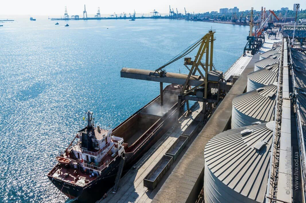 Черноморская компания «Трансбалктерминал» установила собственный исторический рекорд по грузообороту, фото-3