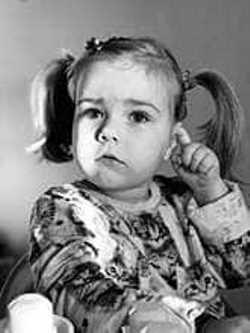 Маленькой девочке из села Молодежного может помочь подпись черноморцев под петицией на сайте Президента, фото-1